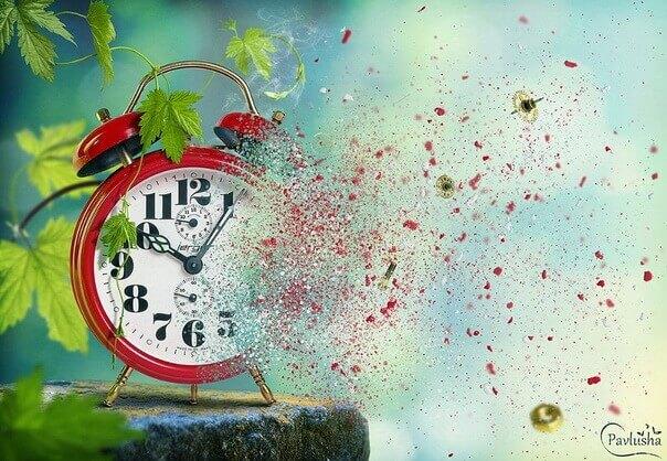 Часы - Улетающее время